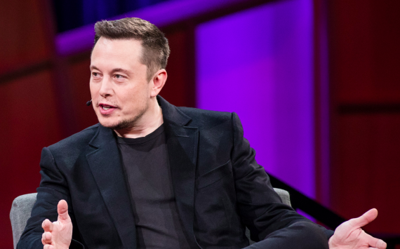 Elon Musk tweets that it's 'time to break up Amazon'