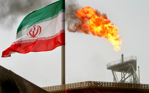 U.S. Imposes Sanctions on Iran's Oil Sector