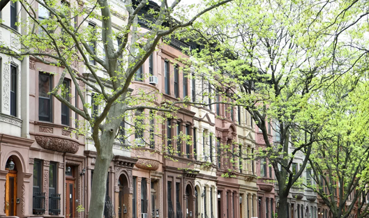 Flat prices in Manhattan go down