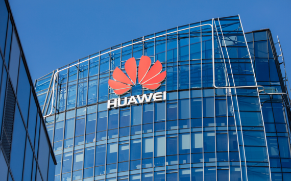 Huawei's competitors are trying to gain market share