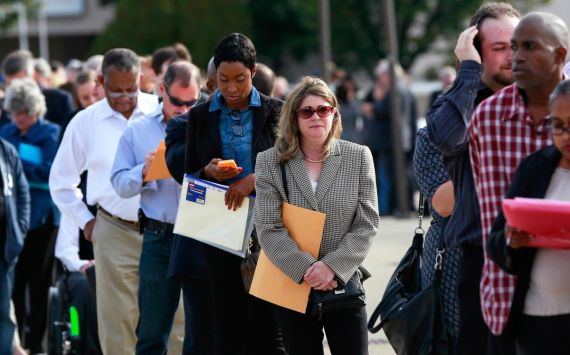 U.S. jobless claims down