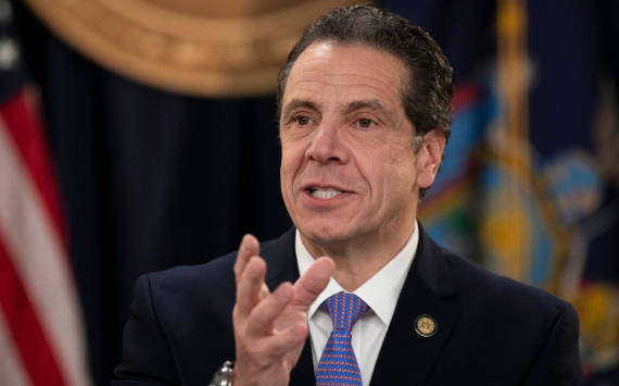 Andrew Cuomo announced about serving people inside restaurants